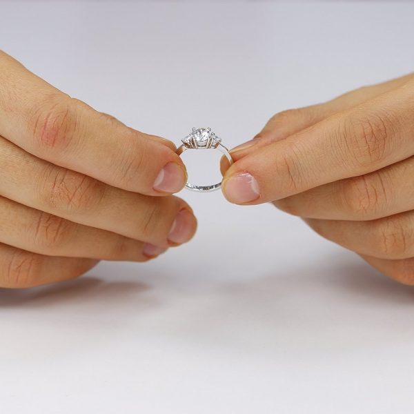 Inel de logodna argint cu 3 cristale TRSR003, Bijuterii - Corelle