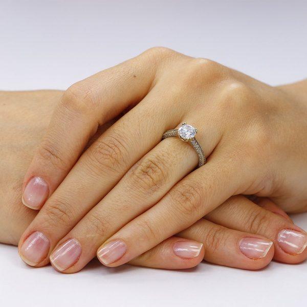 Inel de logodna argint Solitar cu cristale laterale mici TRSR081, Corelle