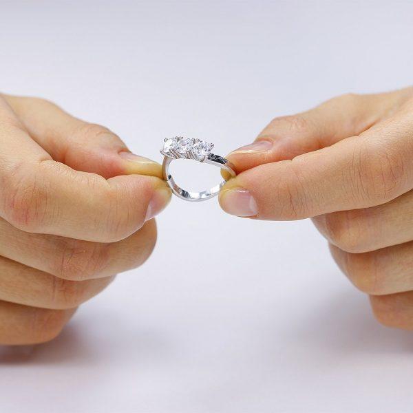 Inel de logodna argint cu 3 cristale mari TRSR107, Bijuterii - Corelle